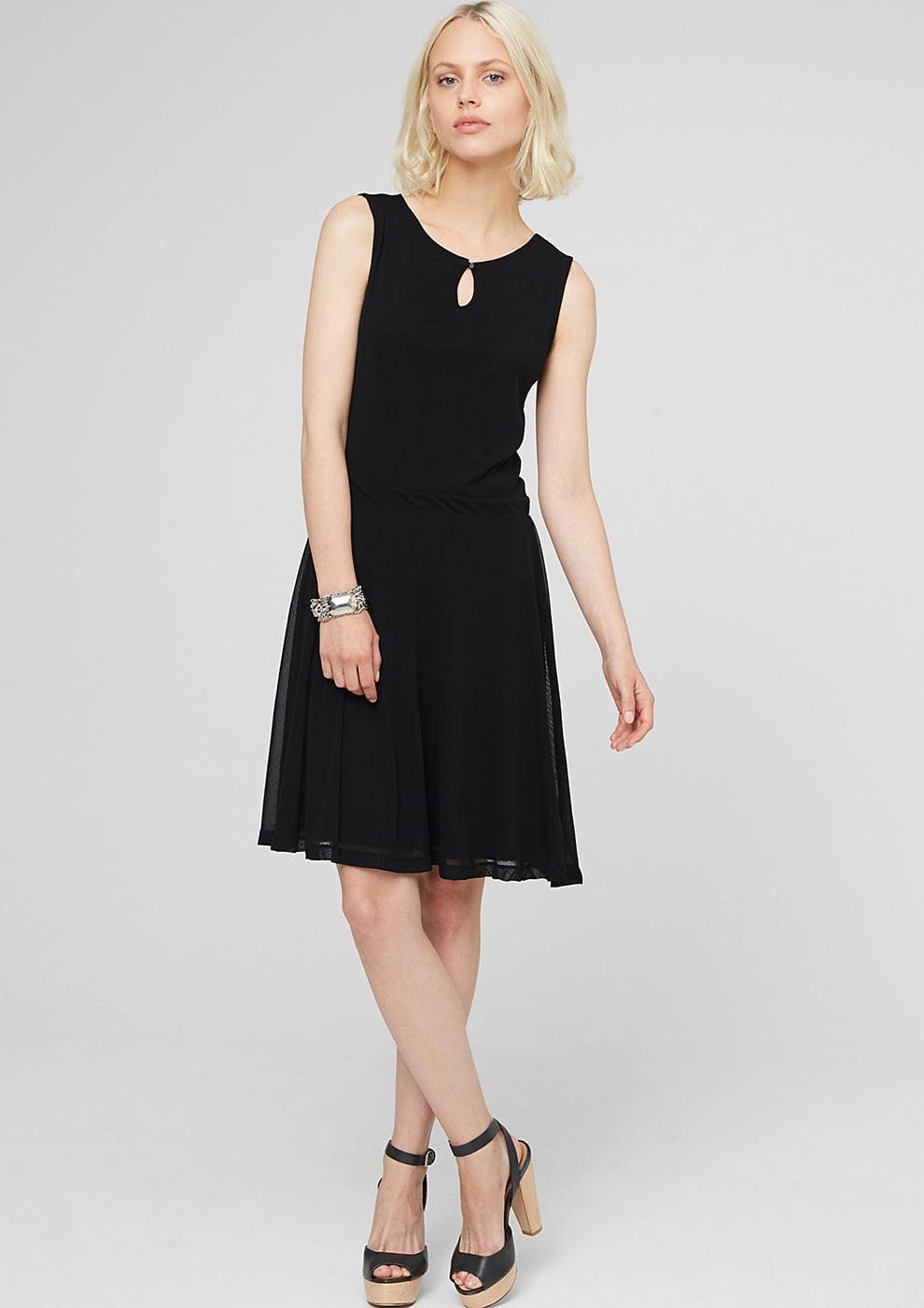 s.Oliver Mesh jurk met zwierig rokgedeelte zwart