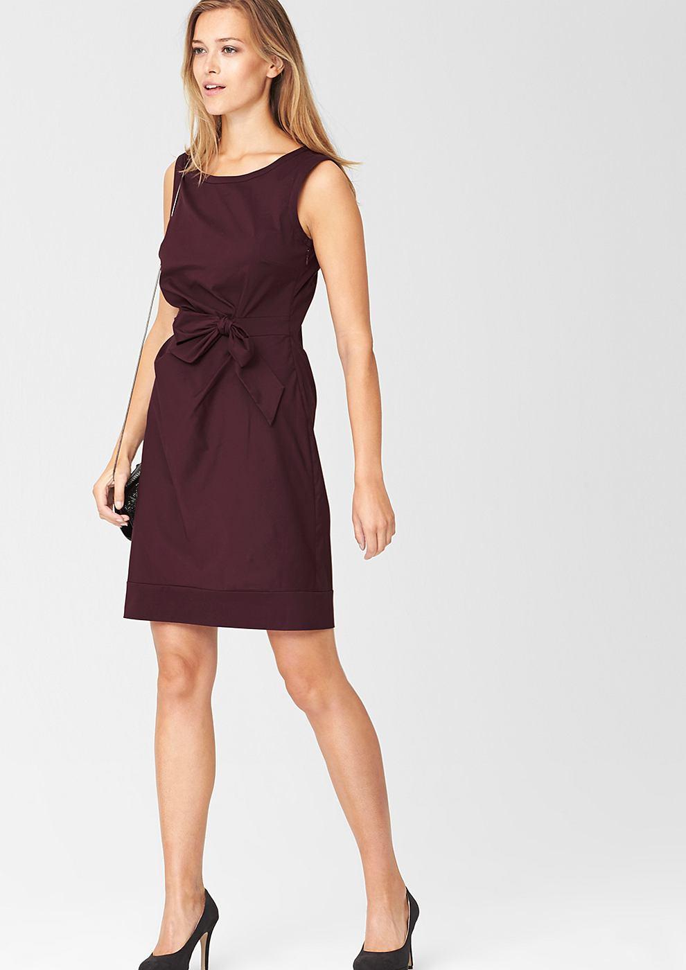 s.Oliver Premium Aansluitende jurk met een gedrapeerd effect rood