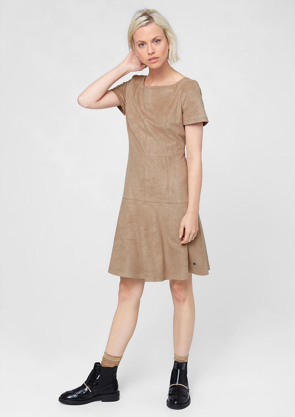 s.Oliver jurk van imitatiesuède bruin