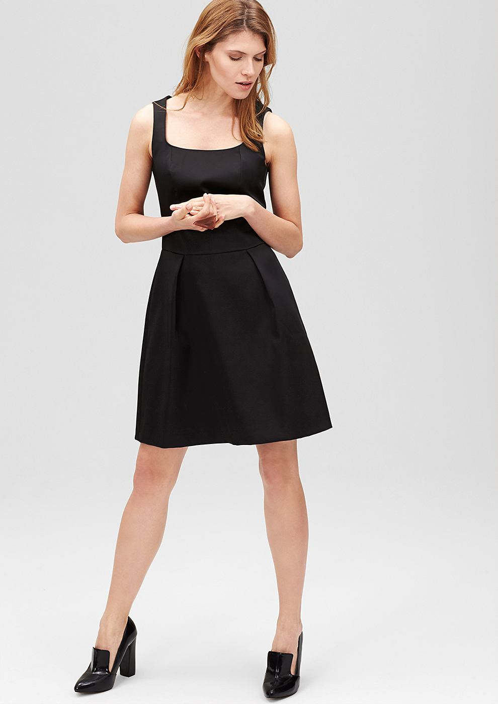 s.Oliver Premium Getailleerde jurk van satijn zwart