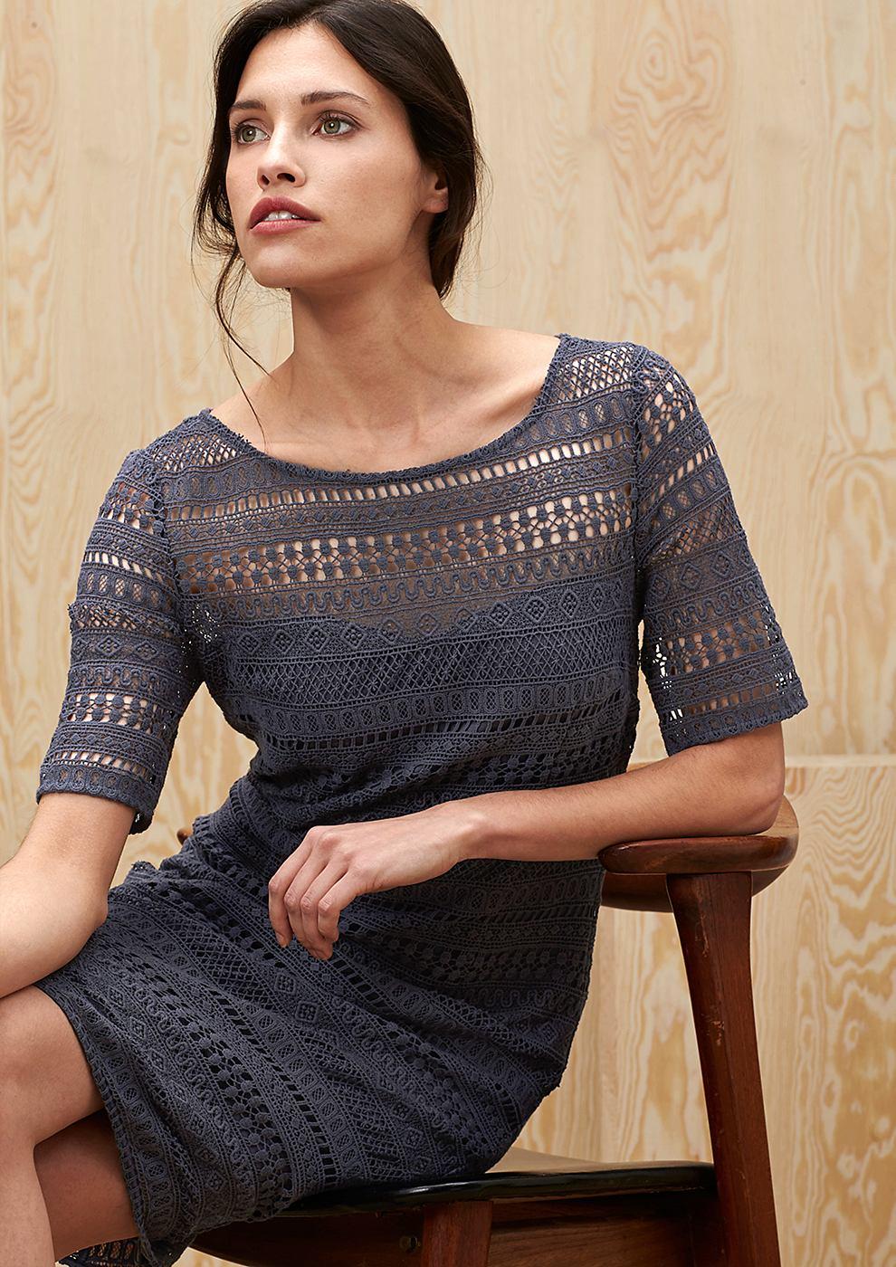 s.Oliver Premium jurk van katoenen kant grijs