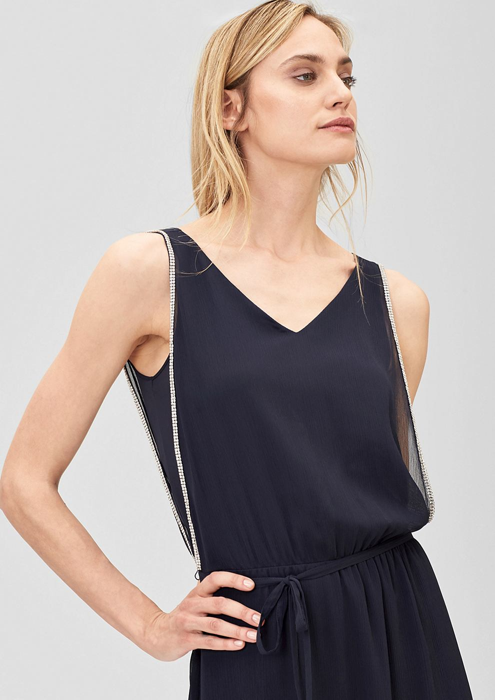 s.Oliver Premium Crepe jurk met sierrandjes met stras blauw