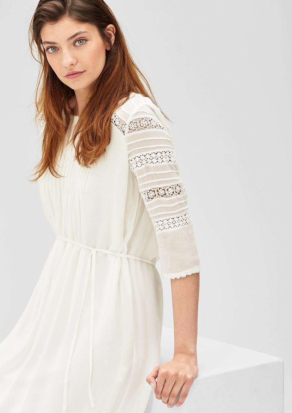 s.Oliver Crêpe jurk met kant wit