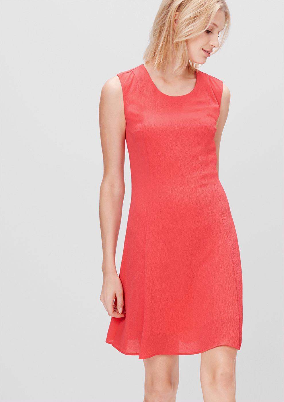 s.Oliver Mouwloze crêpe jurk rood