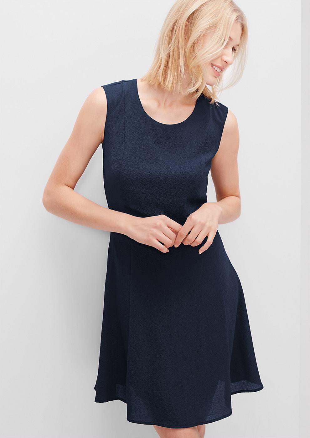 s.Oliver Mouwloze crêpe jurk blauw