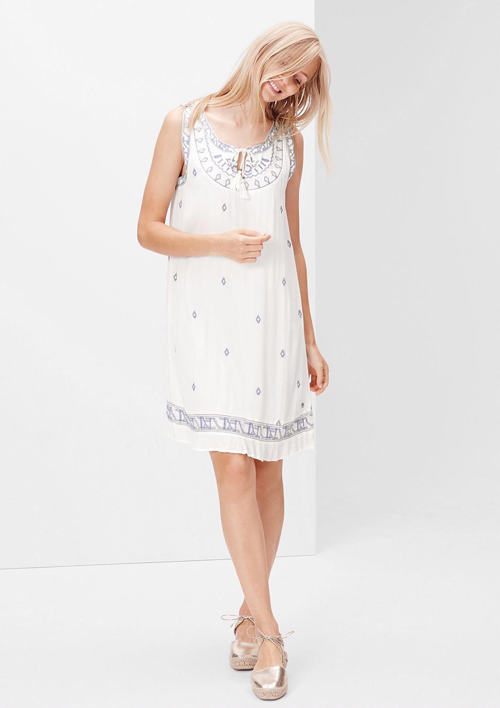 s.Oliver jurk met etnische stiksels en kant wit