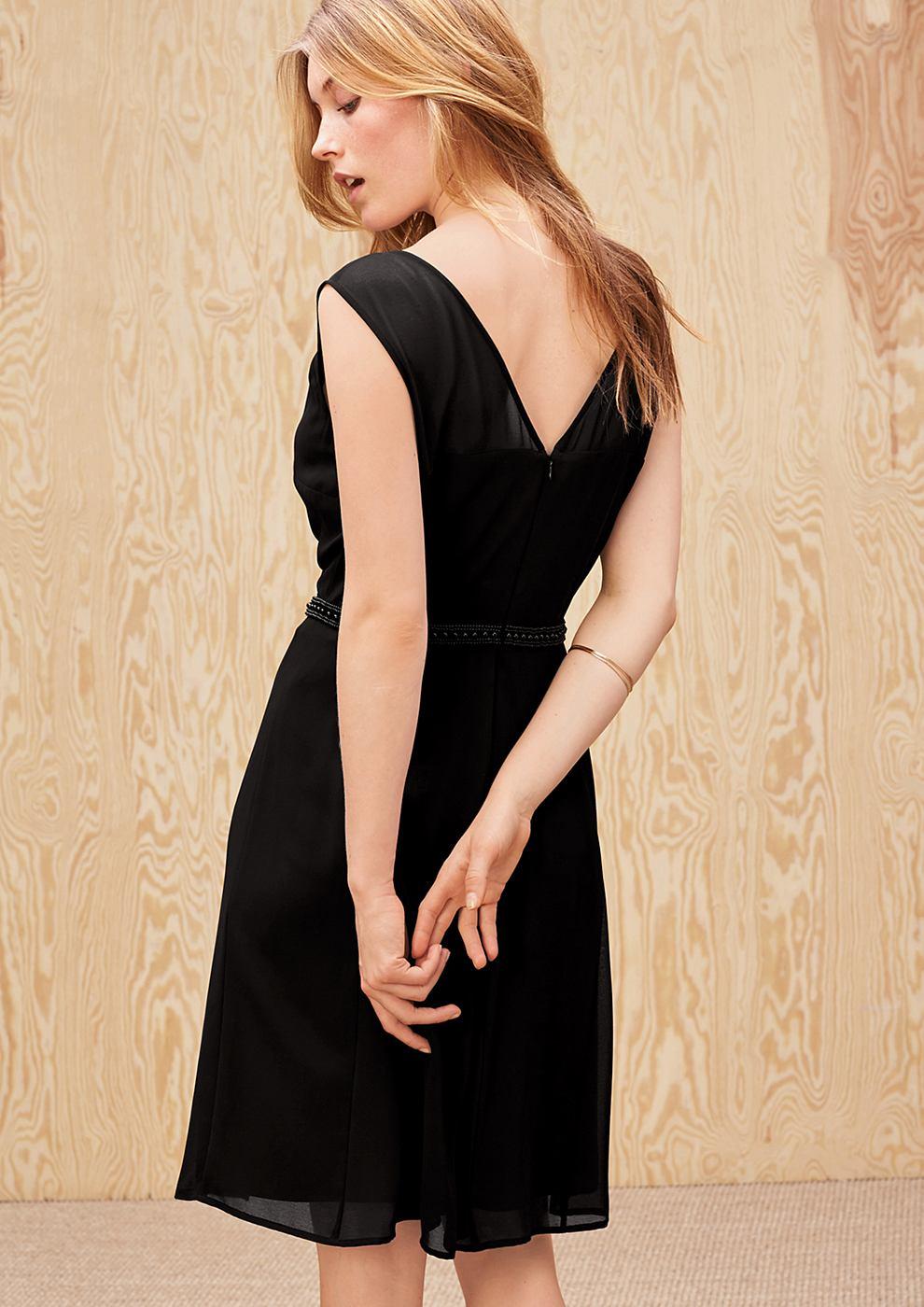 s.Oliver Premium chiffon jurk met sierkraaltjes zwart