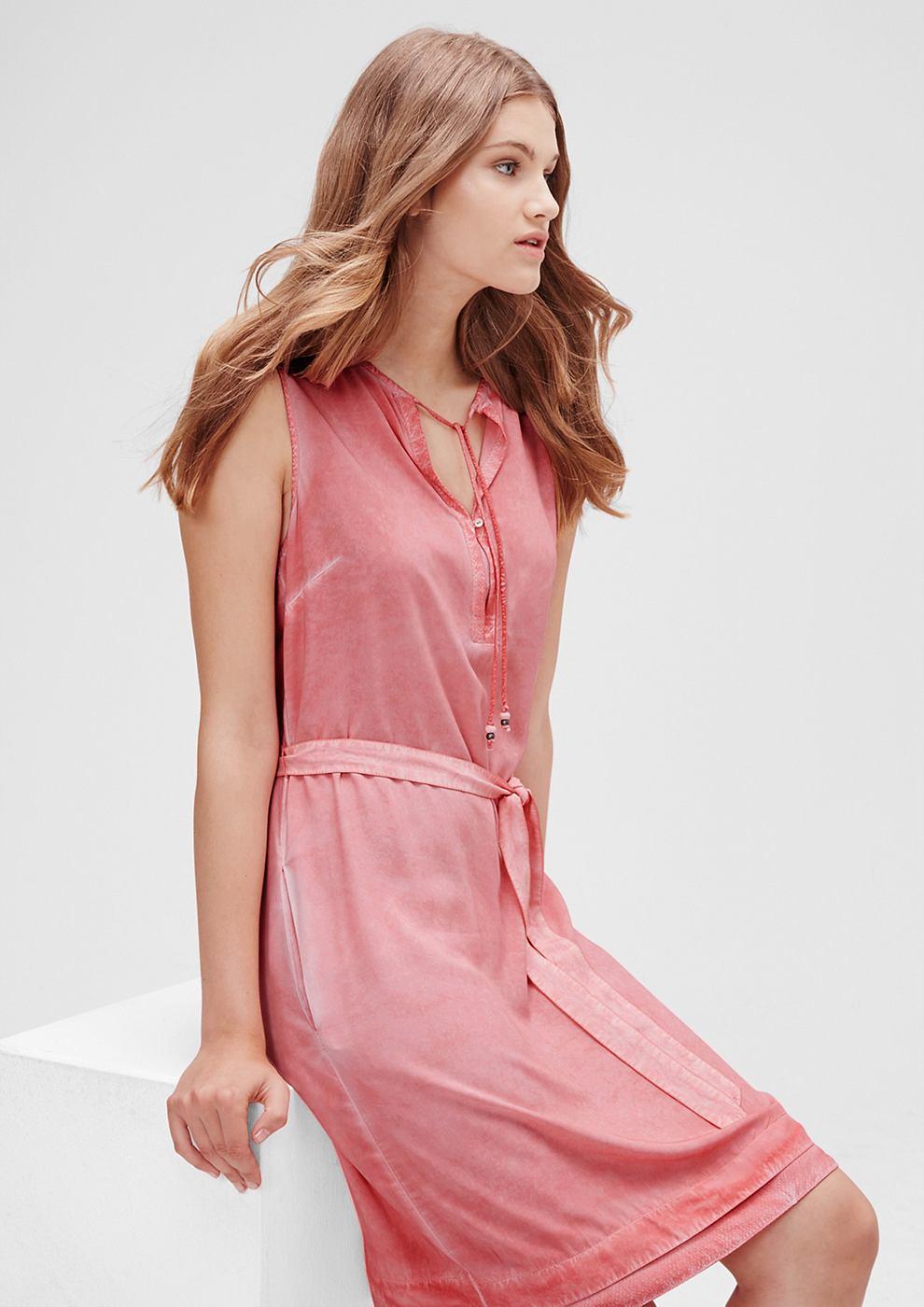 s.Oliver Luchtige garment dyed jurk rood