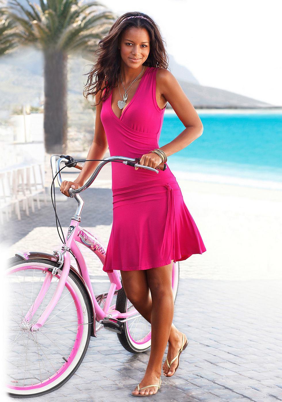 Beachtime Strandjurk in wikkel-look roze