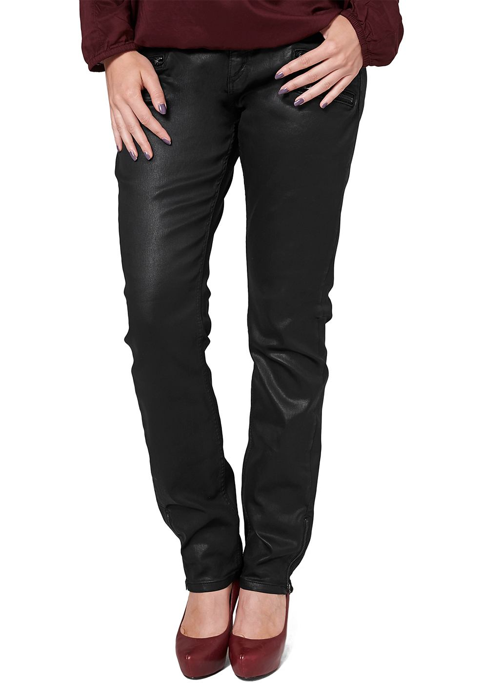 Triangle by s.Oliver Jeans